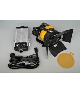 Аккумуляторный светодиодный осветитель FST SPL-800 точечный фокусируемый